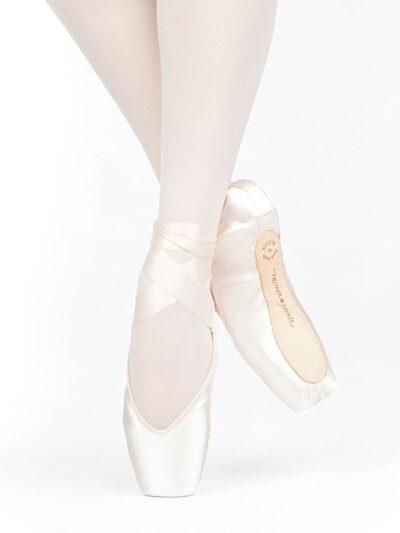 russian pointe lumina ballet shoe